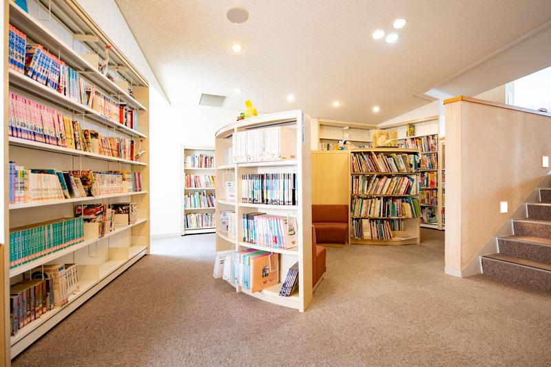 図書館 児童ライブラリー